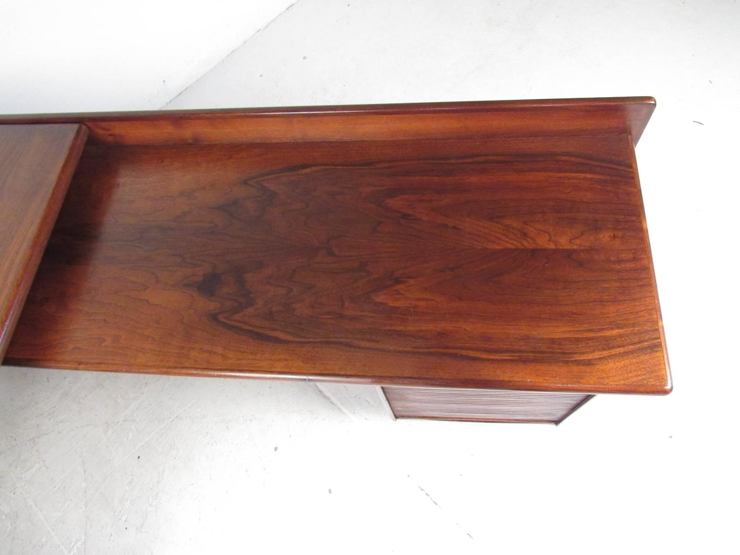 Impressive Mid Century Modern L Shaped Executive Desk At 1stdibs. Full resolution‎  picture, nominally Width 1500 Height 1125 pixels, picture with #A04C2B.