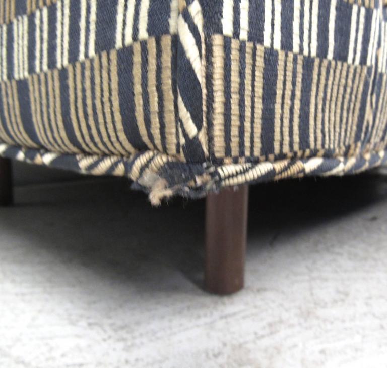 Impressive Mid-Century Sofa by Harvey Probber 2