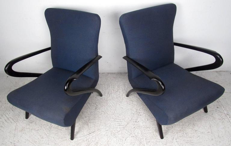Pair Italian Modern Paolo Buffa Style Armchairs  In Good Condition For Sale In Brooklyn, NY