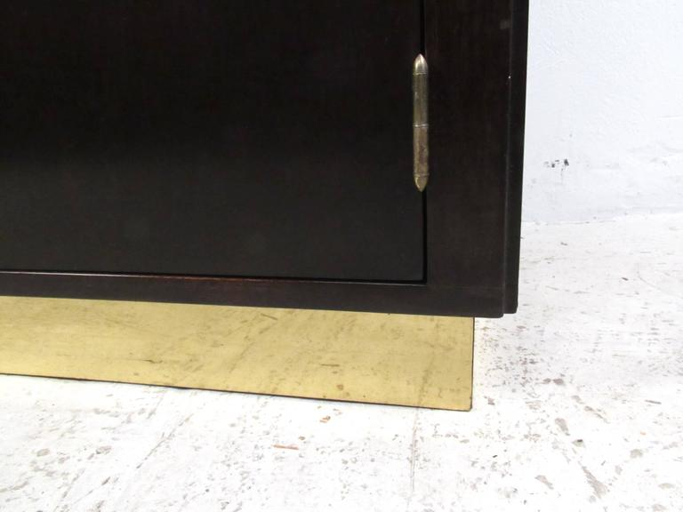 Mid-Century Modern Sideboard by Dunbar For Sale 3