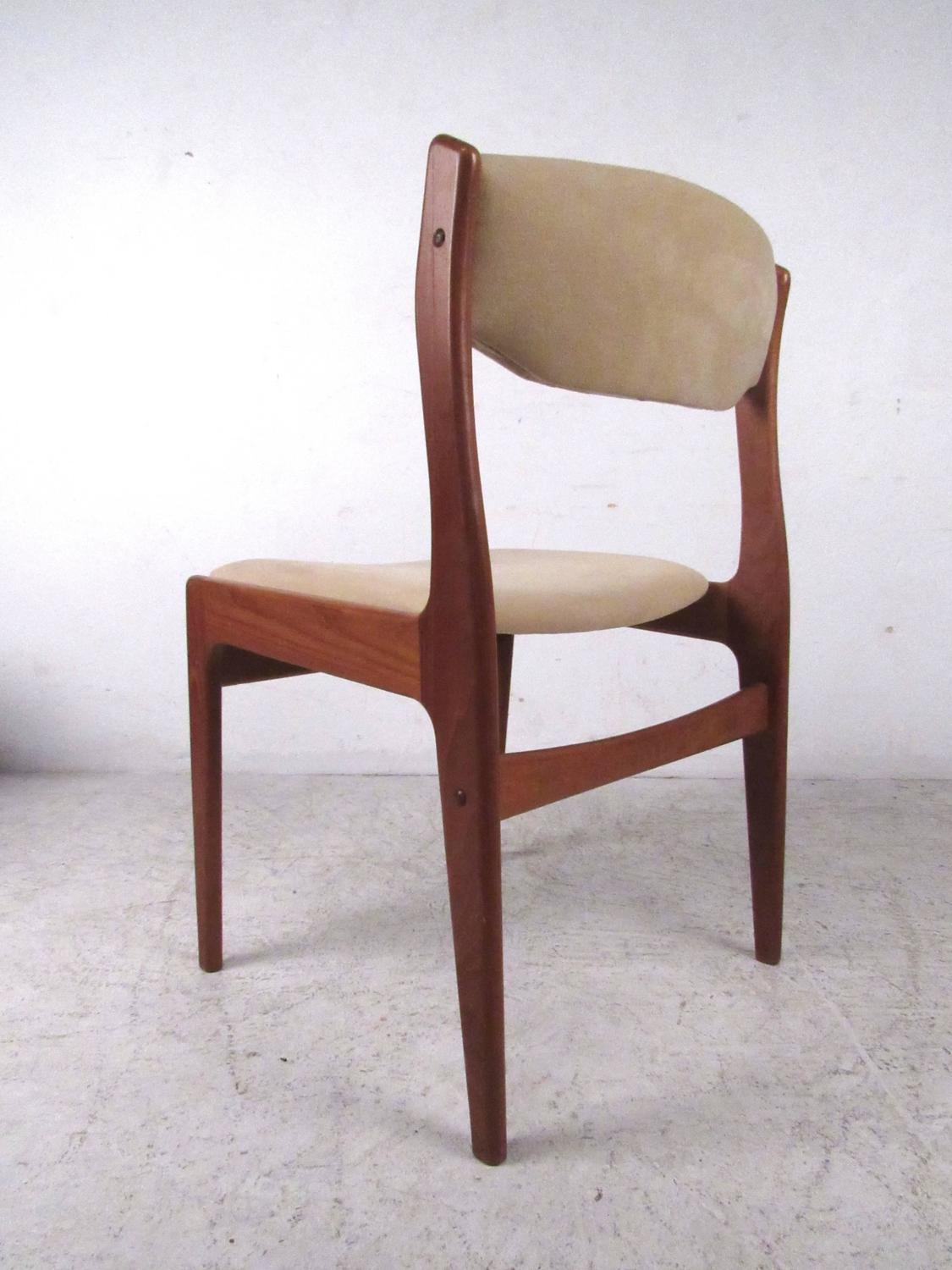 Set Of Mid Century Modern Danish Teak Dining Chairs For Sale At 1stdibs