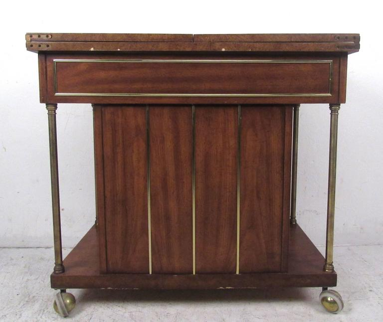 Late 20th Century Mid-Century Modern Burl Wood Bar Cart by Weiman For Sale