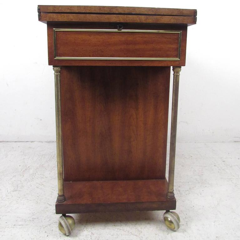 Mid-Century Modern Burl Wood Bar Cart by Weiman For Sale 1