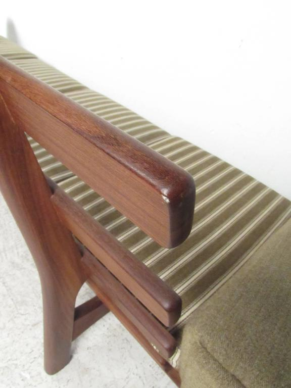 Mid-20th Century Hans Wegner for GETAMA Sofa 236/4 For Sale