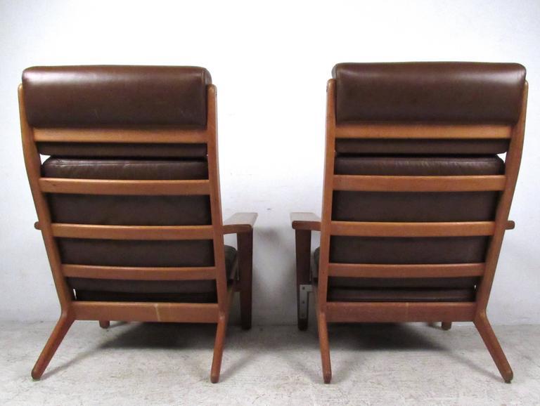 Danish Pair Hans Wegner Highback Lounge Chairs for GETAMA, GE-290 For Sale