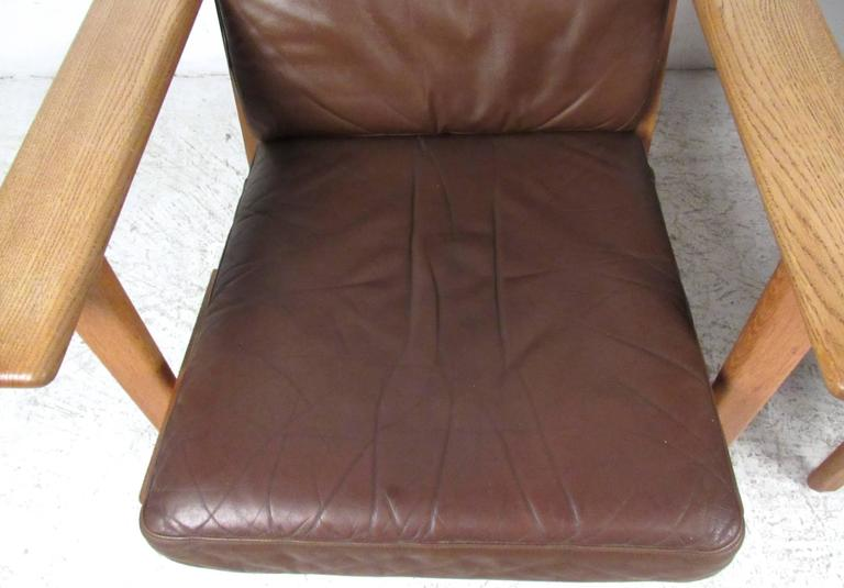 Mid-20th Century Pair Hans Wegner Highback Lounge Chairs for GETAMA, GE-290 For Sale