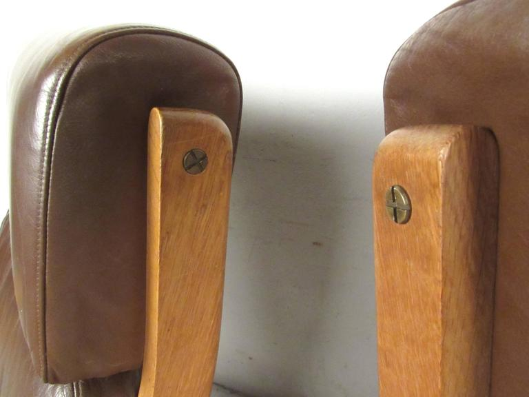 Leather Pair Hans Wegner Highback Lounge Chairs for GETAMA, GE-290 For Sale