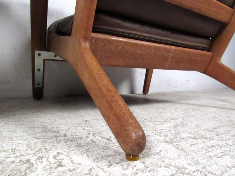 Pair Hans Wegner Highback Lounge Chairs for GETAMA, GE-290 For Sale 2