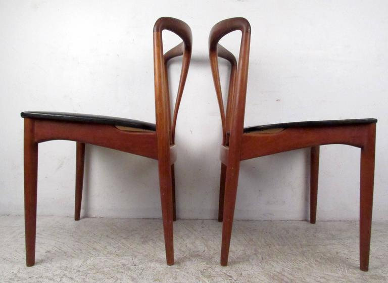Mid-Century Modern Four Mid-Century Teak Dining Chairs by Vamo Sonderborg For Sale & Four Mid-Century Teak Dining Chairs by Vamo Sonderborg For Sale at ...