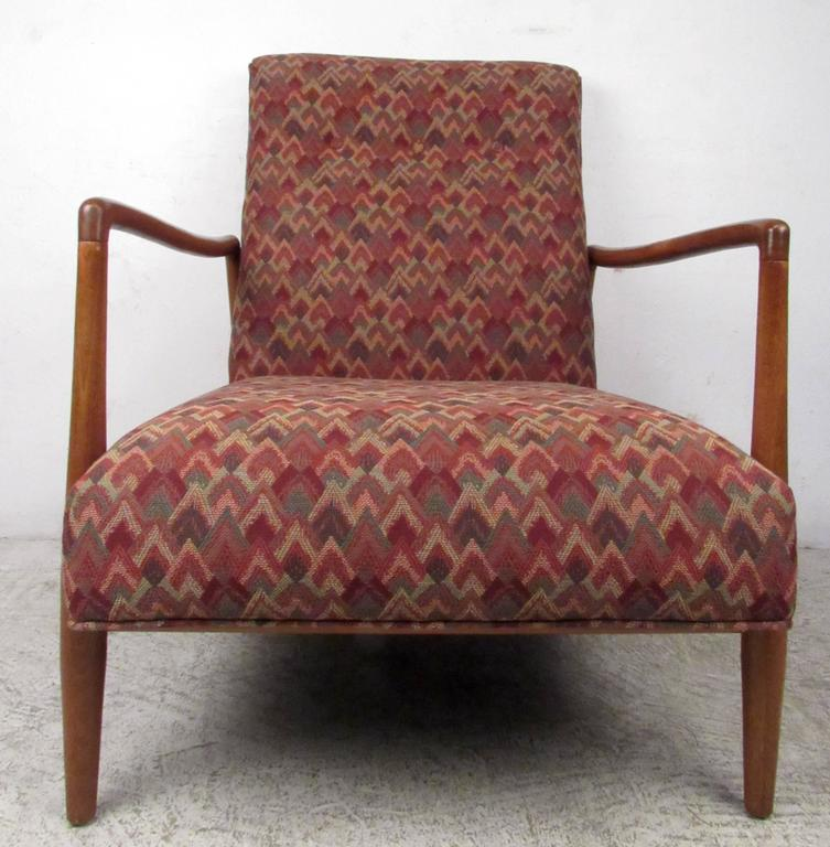 Mid-20th Century Mid-Century Modern Lounge Chair For Sale
