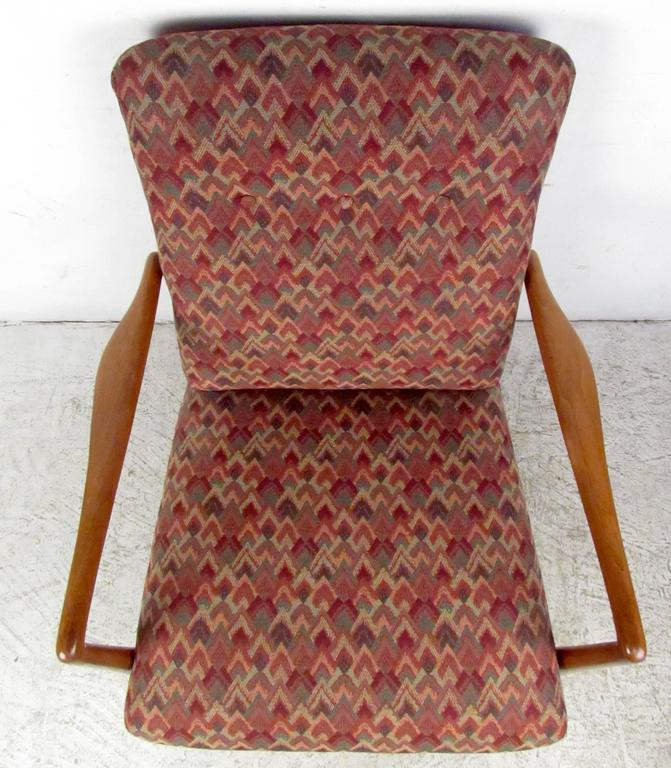 Upholstery Mid-Century Modern Lounge Chair For Sale