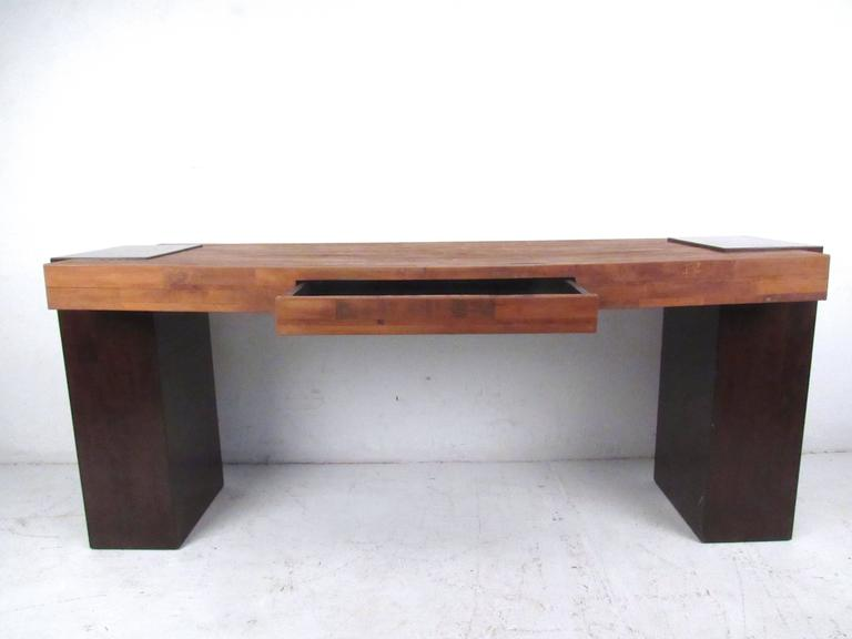 This Contemporary Wood Top Console Makes A Simplistic Yet Stylish Writing Table In Any Setting