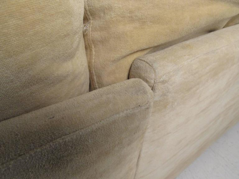 Mid-Century Modern Sectional Sofa by Selig For Sale 1
