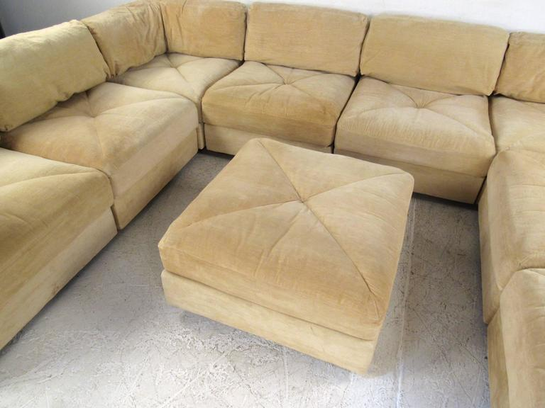 Mid-Century Modern Sectional Sofa by Selig For Sale 3