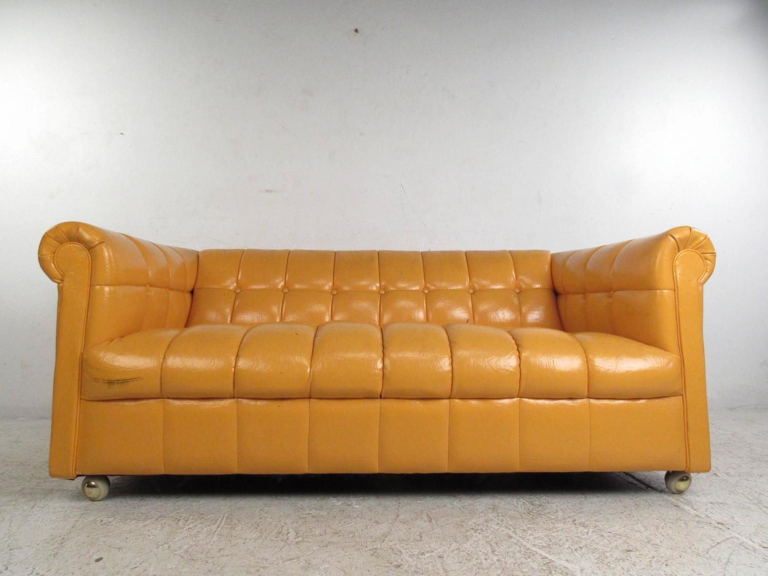 Mid century modern tufted chesterfield sofa for sale at for Tufted couches for sale