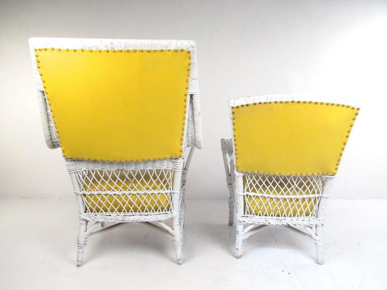 Mid-20th Century Set of Six Vintage Wicker and Vinyl Chairs, Mid-Century Modern Patio Seating For Sale
