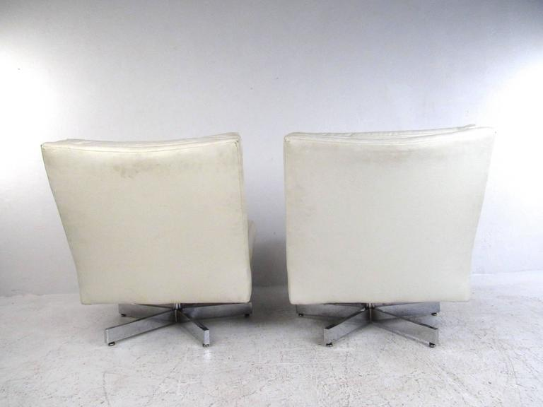 Milo Baughman Swivel Lounge Chairs for Thayer Coggin In Good Condition For Sale In Brooklyn, NY