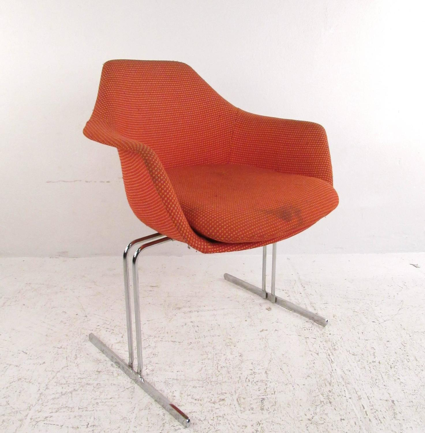 Set of vintage knoll style conference chairs for sale at 1stdibs - Vintage womb chair for sale ...