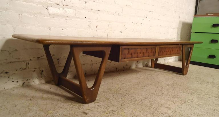 American Mid-Century Modern Lane Coffee Table For Sale