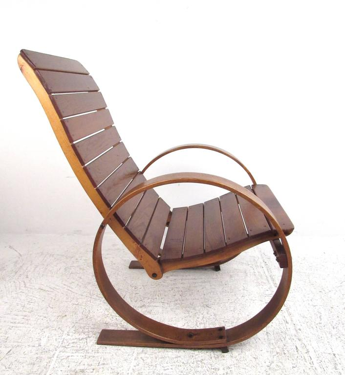 This unique vintage rocking chair features carefully crafted bentwood frame with spring style circular rockers  sc 1 st  1stDibs & Vintage Studio Made Rocking Chair For Sale at 1stdibs