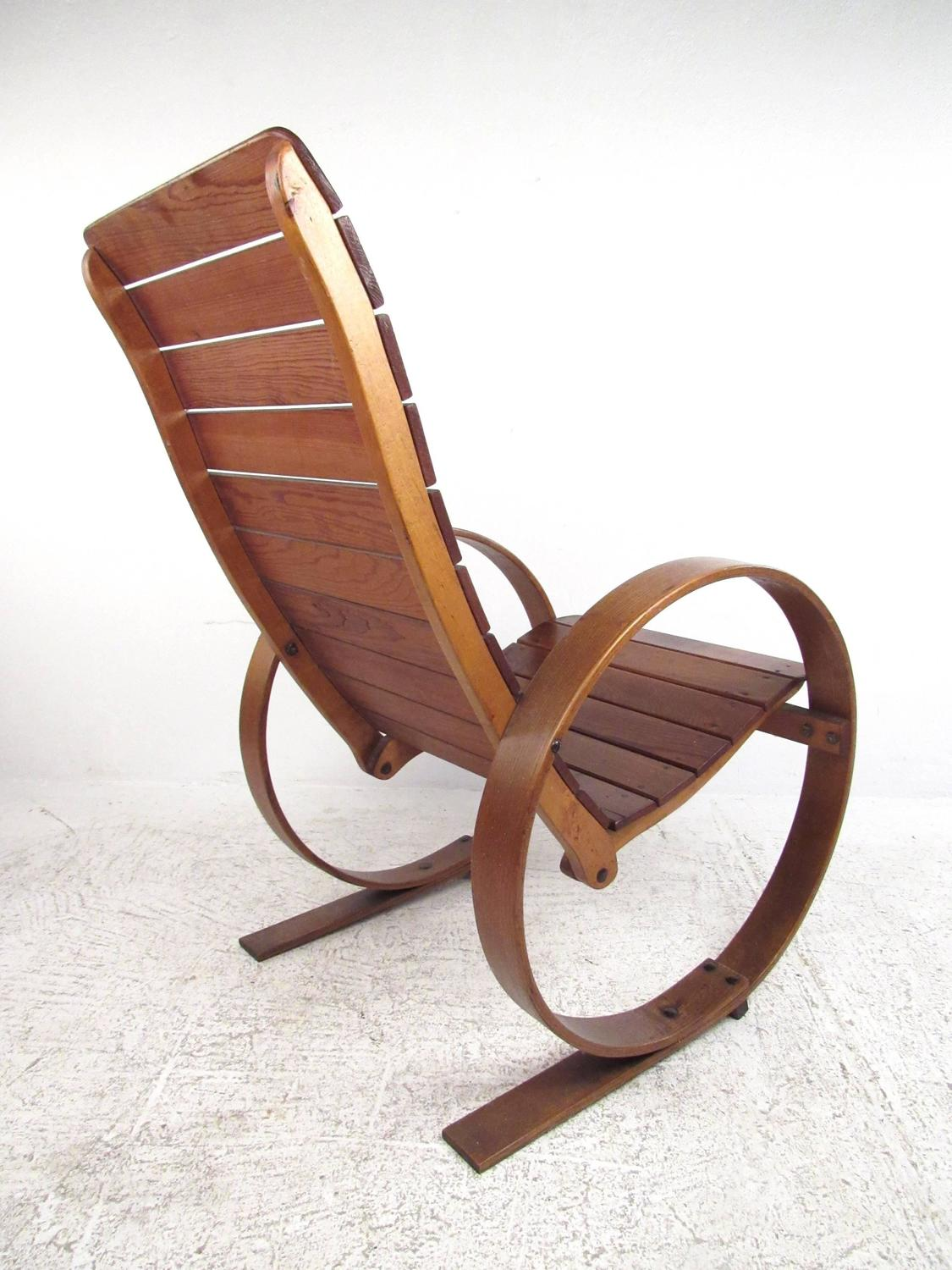 Vintage Studio Made Rocking Chair For Sale at 1stdibs