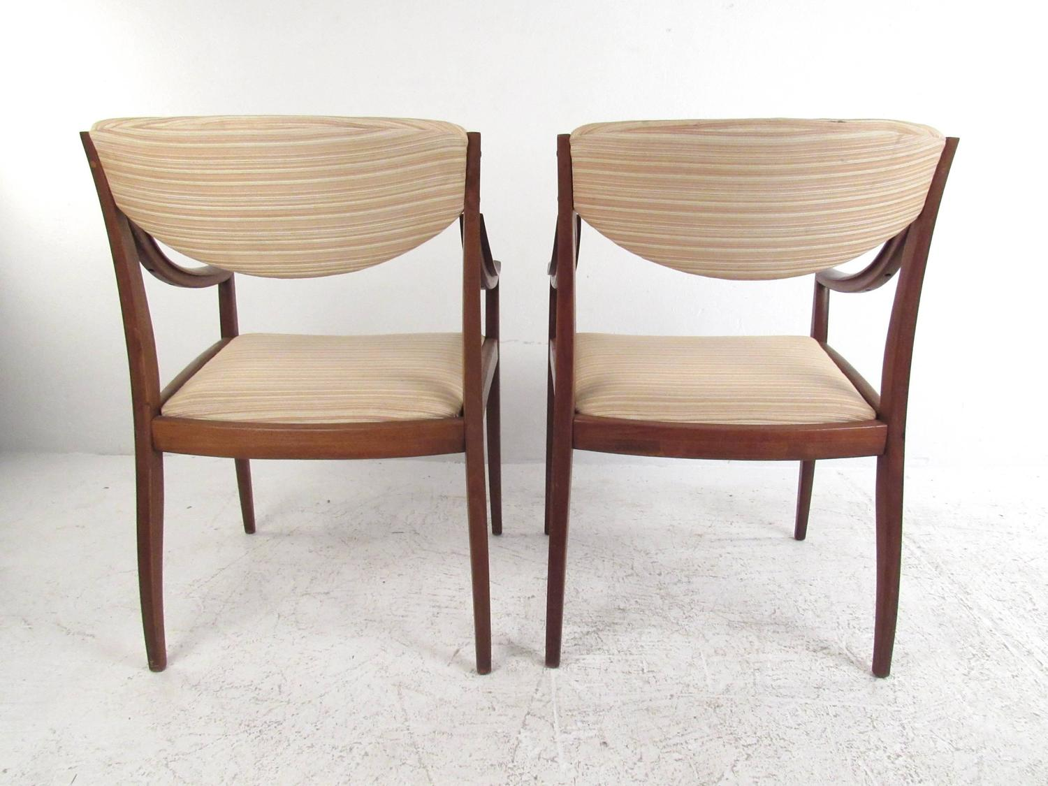 Mid century american walnut dining chairs by drexel for for Mid century american furniture