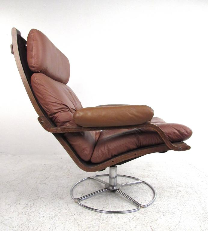 Vintage Leather Westnofa Style Swivel Lounge Chair With