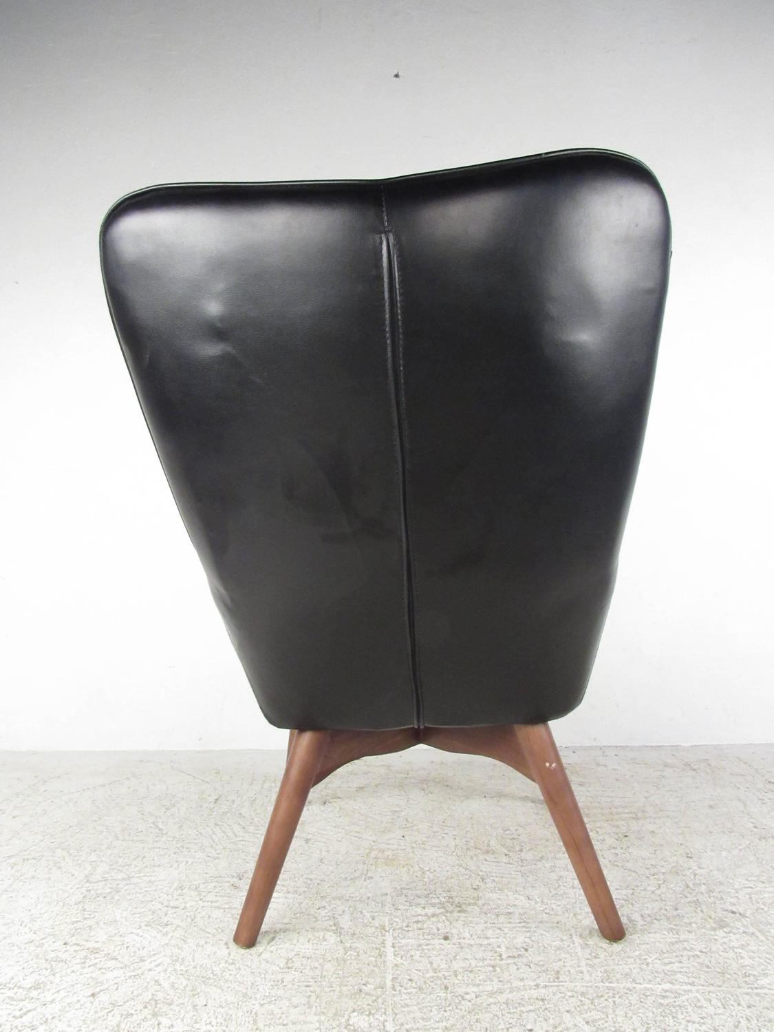Mid Century Style Wingback Lounge Chair with Ottoman For