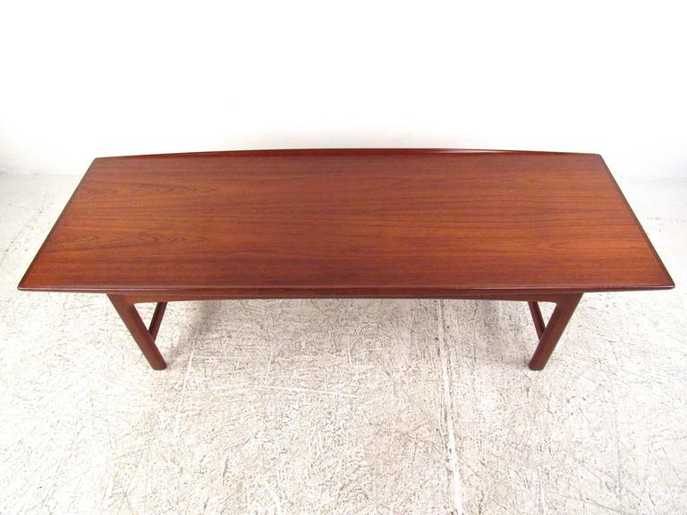 Mid-Century Danish Modern Teak Coffee Table by DUX 3 - Mid-Century Danish Modern Teak Coffee Table By DUX For Sale At 1stdibs