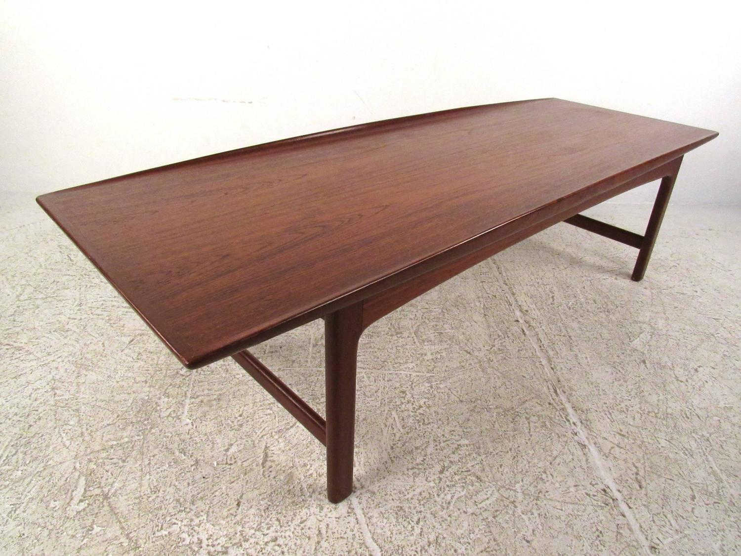 Mid-Century Danish Modern Teak Coffee Table by DUX For ...