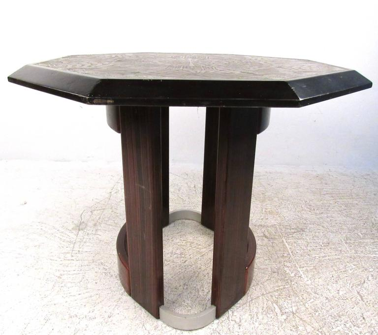 Mid-Century Modern Mid-Century Italian Pedestal Table with Artistic Metal Top For Sale