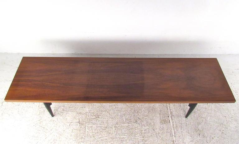 Vintage Italian Coffee Table In Good Condition For Sale In Brooklyn, NY