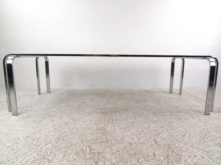 American Stylish Mid-Century Modern Chrome and Glass Cocktail Table For Sale