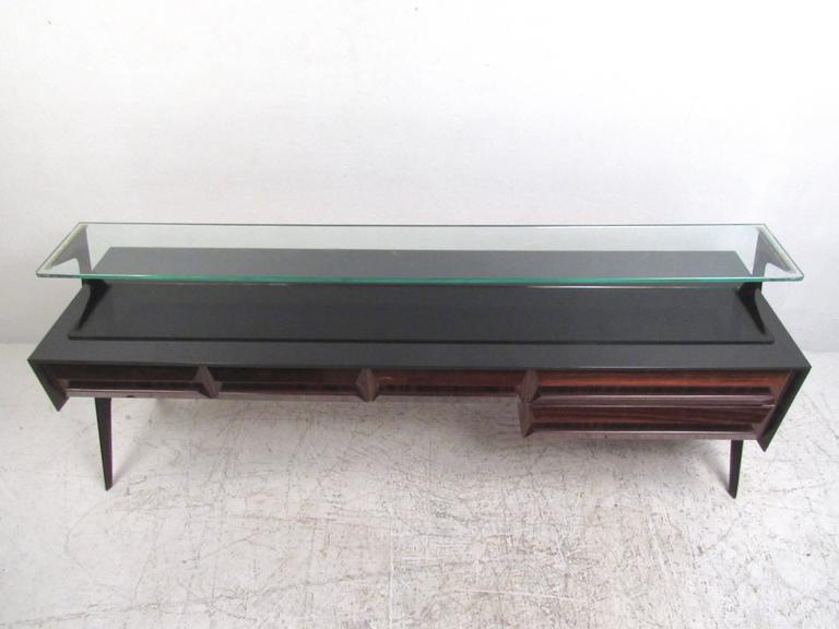 Mid-20th Century Italian Modern Glass Top Sideboard in the Style of Paolo Buffa For Sale