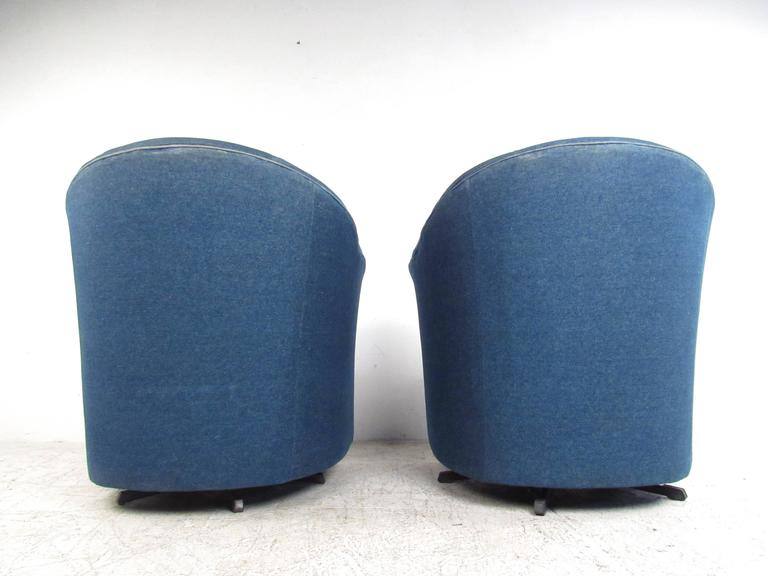 20th Century Pair of Mid-Century Style Swivel Denim Lounge Chairs For Sale