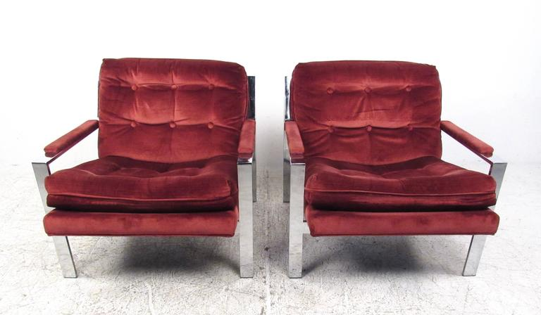 Mid-Century Modern Pair Cy Mann Style Chrome Lounge Chairs For Sale