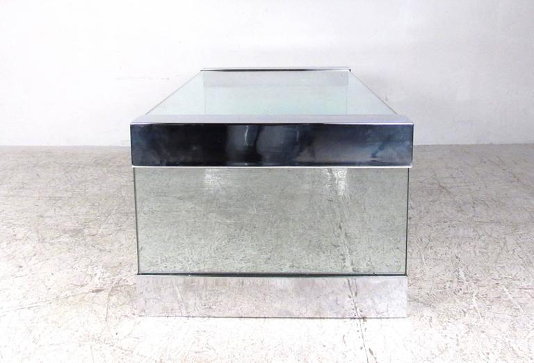 Mid-Century Modern Vintage Chrome and Glass Coffee Table after Pace For Sale