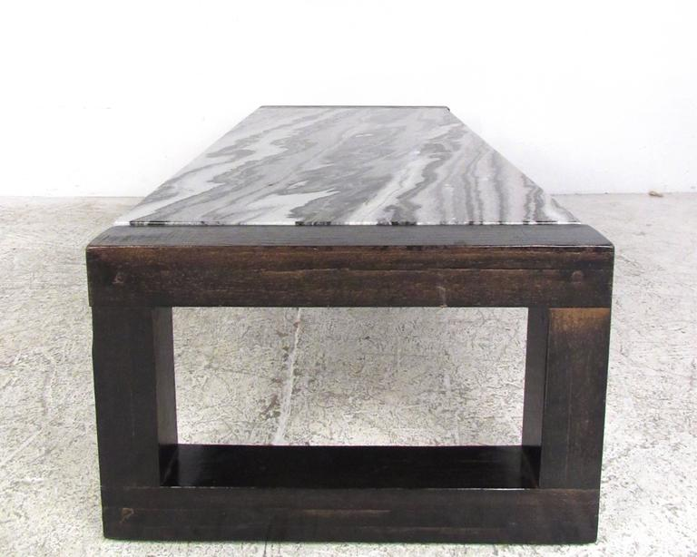 Contemporary Modern Marble-Top Cocktail Table For Sale 1
