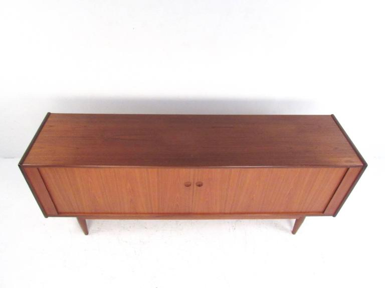 Danish Modern Teak Tambour Sideboard in the Style of Hans Wegner In Good Condition For Sale In Brooklyn, NY