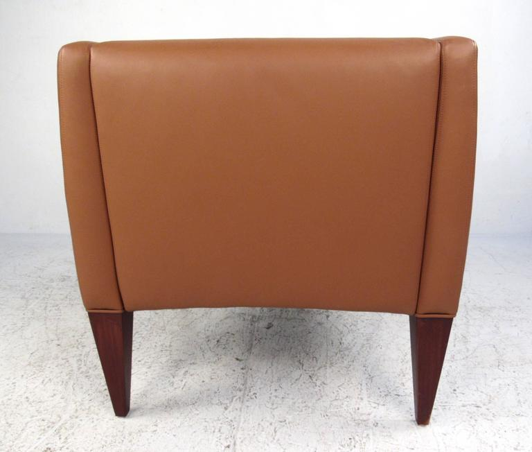 Pair of Contemporary Modern Italian Leather Club Chairs 4