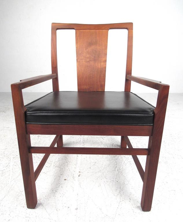 Upholstery Set of Six Mid-Century Modern American Walnut Dining Chairs For Sale