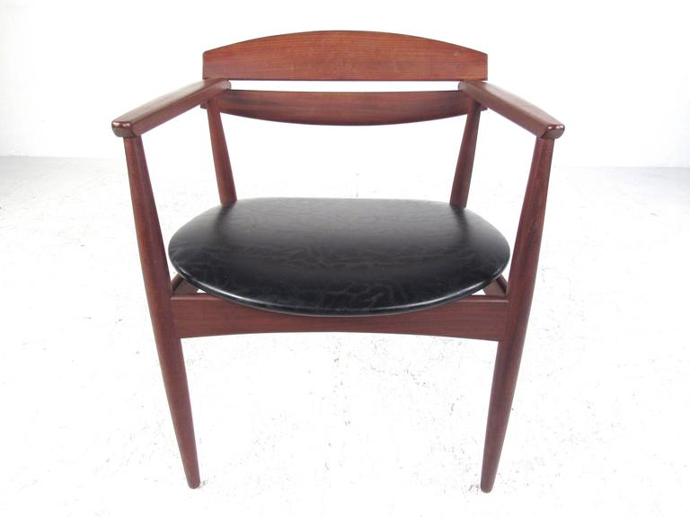 Mid-20th Century Mid-Century Modern Sculpted Teak Side Chair For Sale