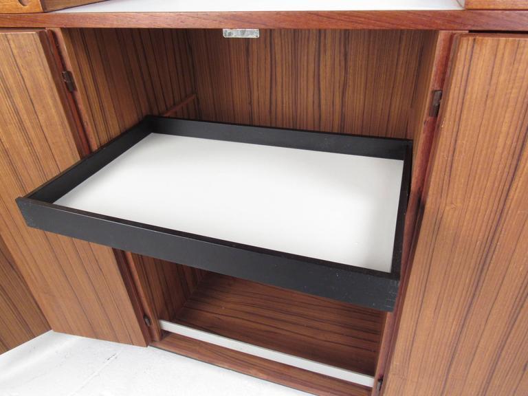 Mid-Century Modern Danish Teak Expandable Bar Cabinet 9