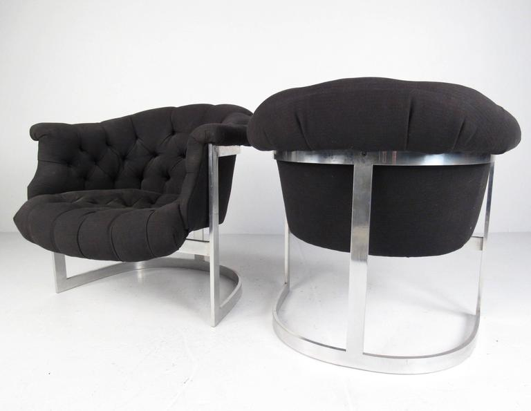 American Mid-Century Modern Tub Style Lounge Chairs in the Manner of Milo Baughman, Pair For Sale