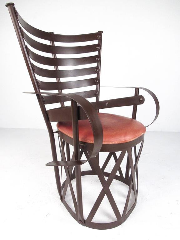 Decorative Modern Sculptural Armchair In Good Condition For Sale In Brooklyn, NY