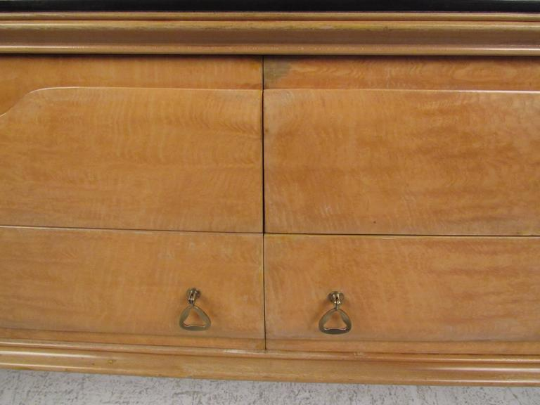 Italian Modern Dresser in the Style of Gio Ponti For Sale 4