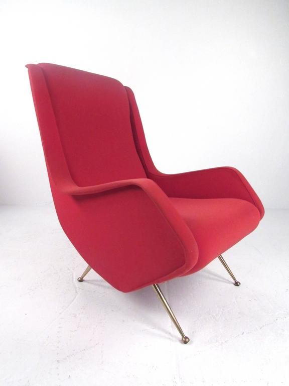 Upholstery Pair of Italian Modern Sculptural Lounge Chairs For Sale