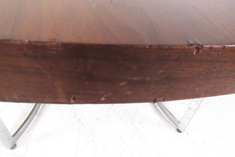 Mid-Century Modern Burl Wood Dining Table For Sale 2