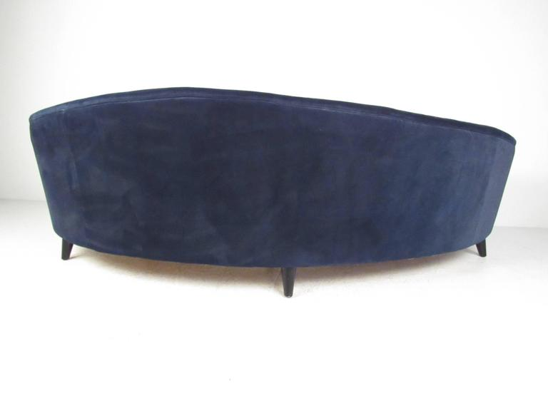 20th Century Italian Modern Sculptural Sofa in the Style of Gio Ponti For Sale