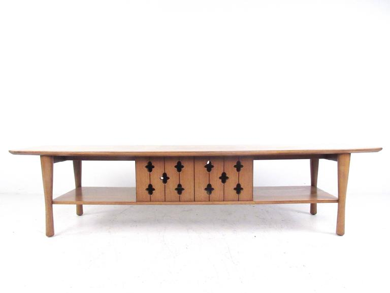 Long Mid Century Coffee Table By Henredon For Sale At 1stdibs